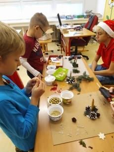 Fotogalerie Vánoční tvoření na 1. stupni, foto č. 38
