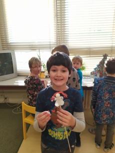 Fotogalerie Vánoční tvoření na 1. stupni, foto č. 18