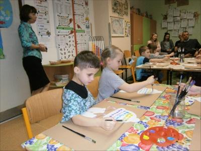 Fotogalerie Výtvarná hodina s předškolními dětmi 13. 2. 2020, foto č. 10
